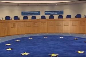 Εκ μητρογονίας πρόσφυγες: Καταδίκη της Κύπρου από το ΕΔΑΔ στην υπόθεση Βρούντου v. Δημοκρατία (Αίτηση 33631/06), ημερ. 13/10/2015.